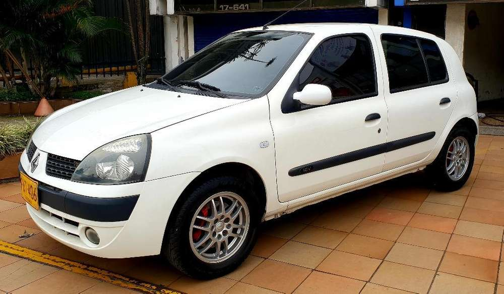 <strong>renault</strong> Clio  2004 - 114000 km