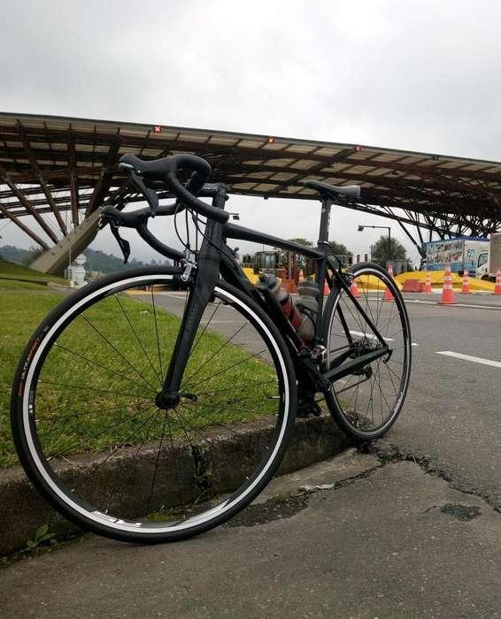 Bicicleta de Ruta Gw Flamma 10V
