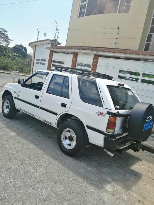 Chevrolet Rodeo 2001 - 250000 km