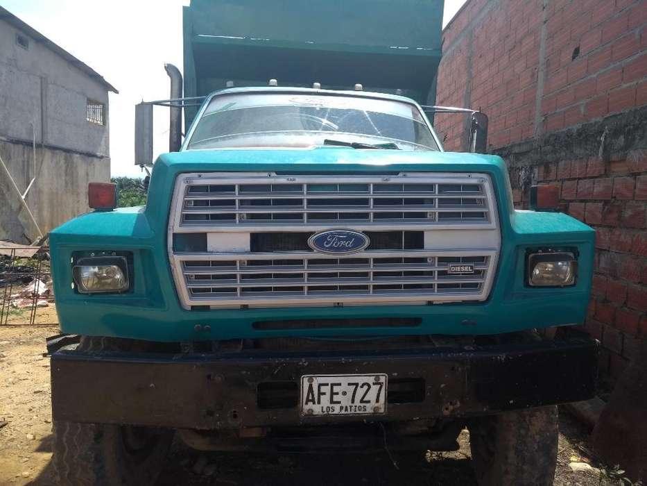 Vendo Volqueta Ford
