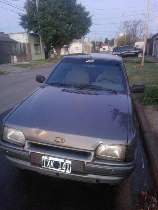 Ford Escort 1992 - 150000 km