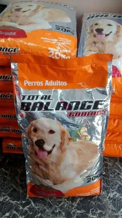 Alimento <strong>perro</strong>s total balance 20 kg La Plata