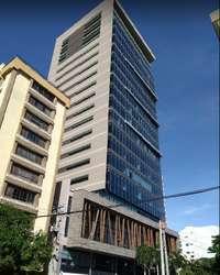 VENTA DE OFICINA EN LA EXCLUSIVA TORRE EMPRESARIAL ATLÁNTICA CODIGO: VT0115 M2