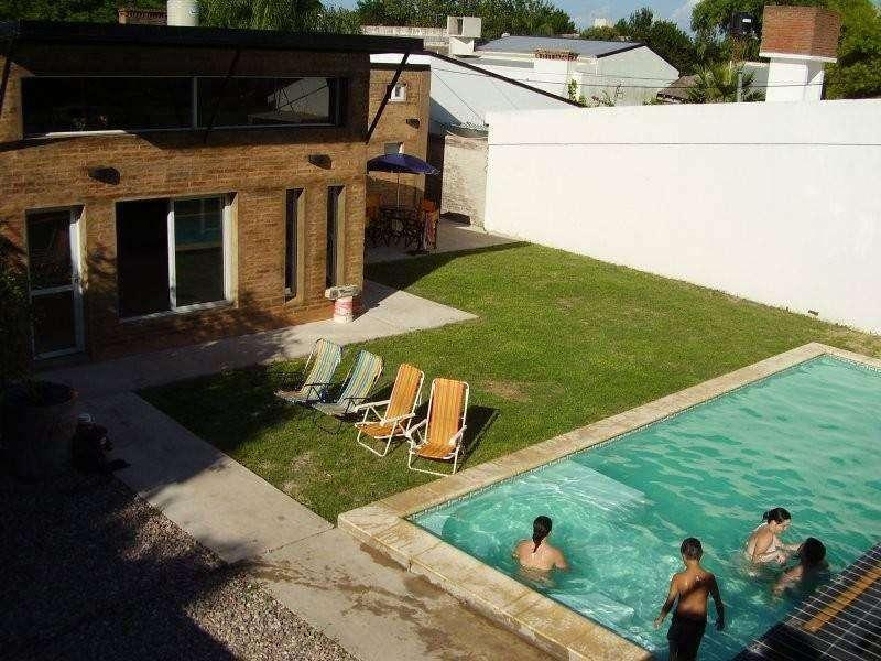 cn34 - Cabaña para 2 a 8 personas con pileta y cochera en San Javier