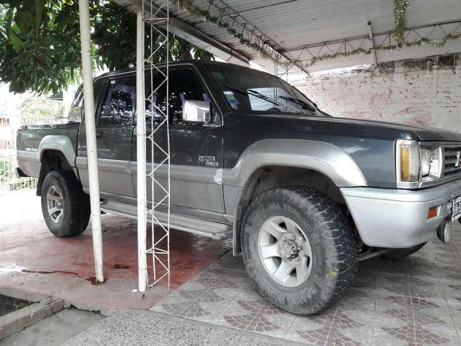 <strong>mitsubishi</strong> L200 1997 - 350400 km