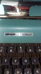 vendo maquina de escribir marca olivetti lettera 32