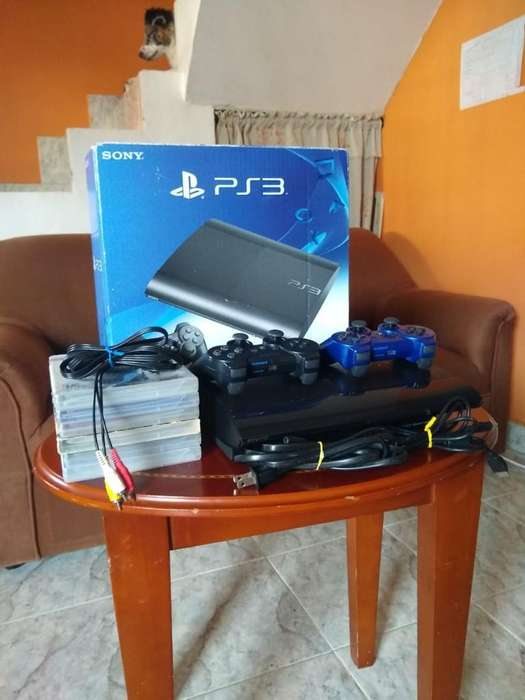 Vendo Play Station 3 Super Slim