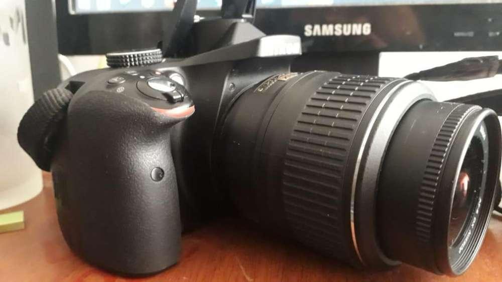 Nikon D3300 Muy Buen Estado