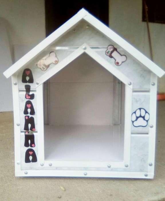 Casa para Perros en Pvc