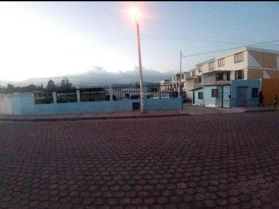 Vendo 2400/m2 Sector de Calderón 180