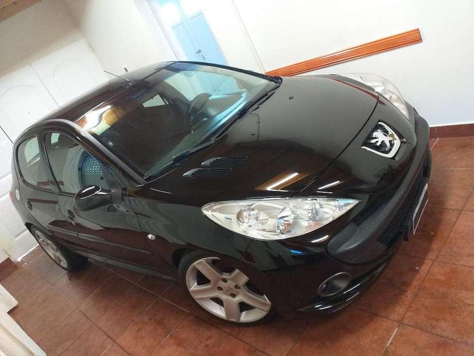 Peugeot 207 Compact 2009 - 115000 km