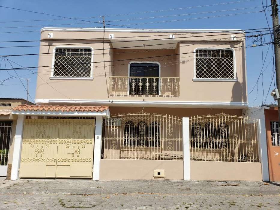 Vendo Casa con Suite Alborada 11ava
