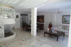 Casa en Venta, Barrio Manga Cod: 10504