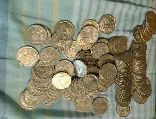 Monedas de la serie Numismatica del Peru 220 MONEDAS