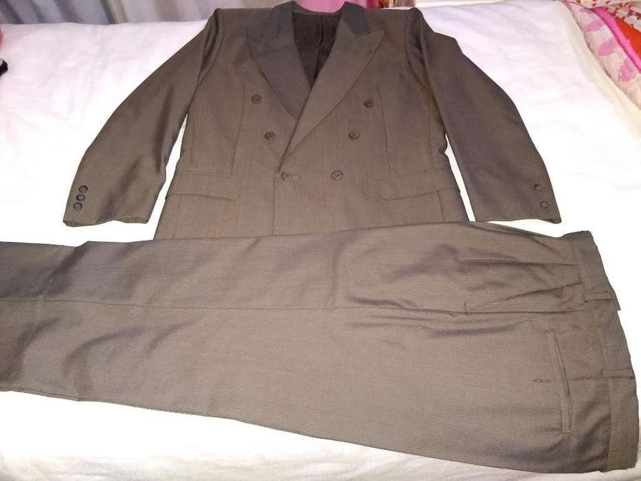 <strong>traje</strong> Gris Oscuro