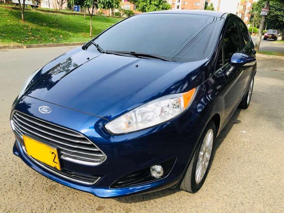 Ford Fiesta  2016 - 27000 km
