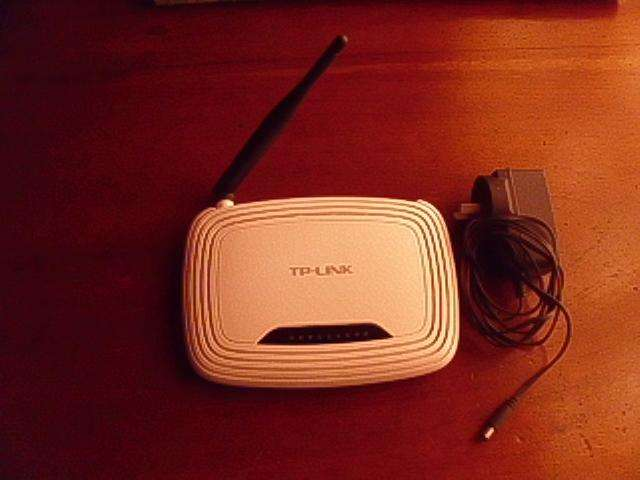 Router Wi-fi Tp-link Tl-wr740n Wireless N 150 mbp, usado