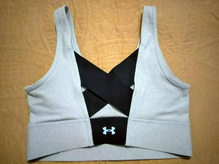 Top Under Armour Nuevo Talla S