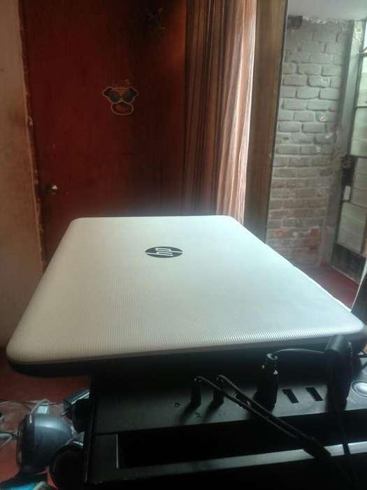 Vendo <strong>laptop</strong> Hp Semi Nueva
