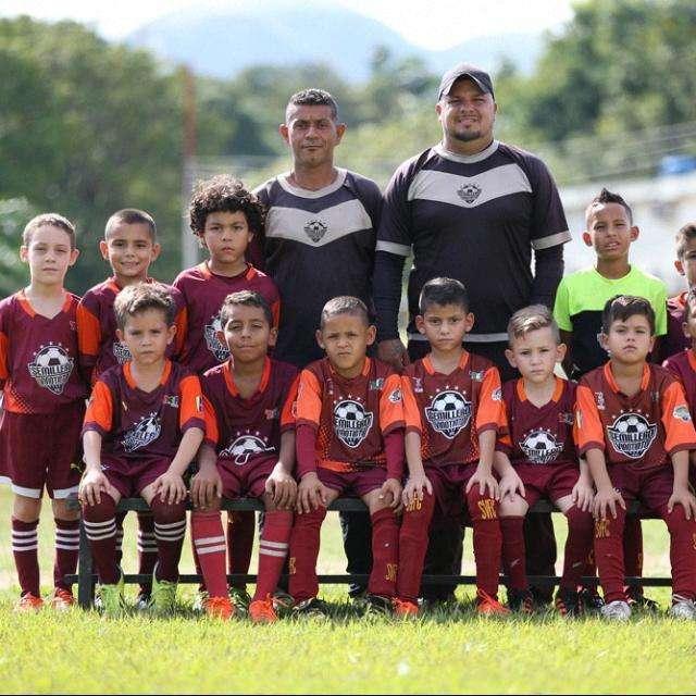 Me Ofrezco Como Entrenador Deportivo de Futbol Campo Y Sala
