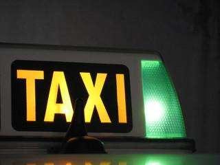 se vende cupo para taxi en la ciudad de cartagena de indias.
