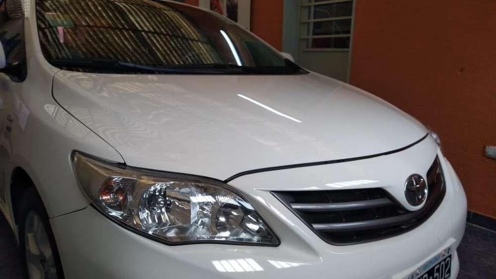 Toyota Corolla 2013 - 75000 km