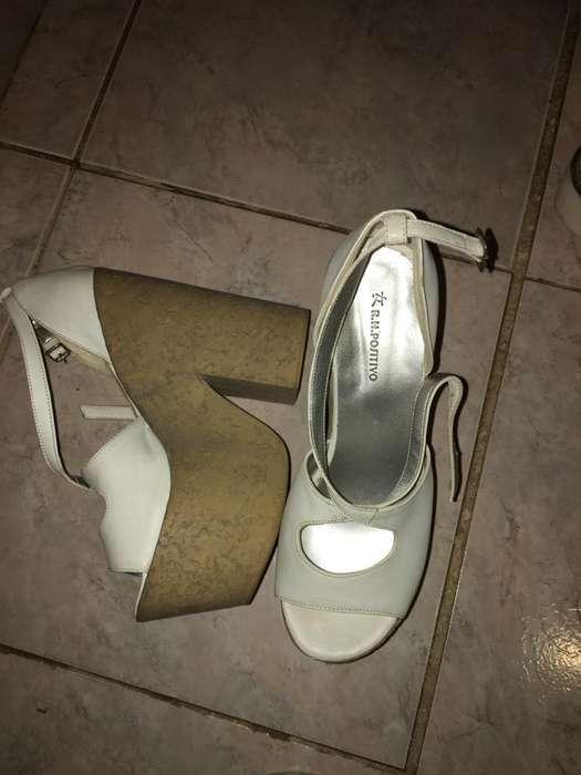 Vendo <strong>zapatos</strong>