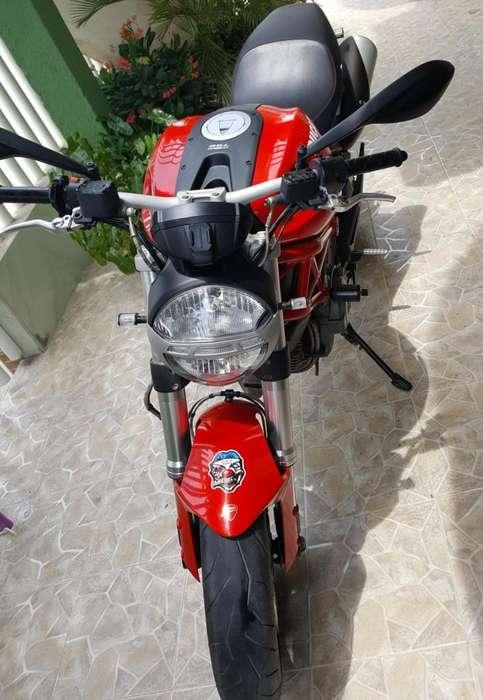 Vendo Moto Ducati Moster 2014