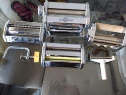 Ganga!! Maquina para elaborar deliciosa pasta artesanal.