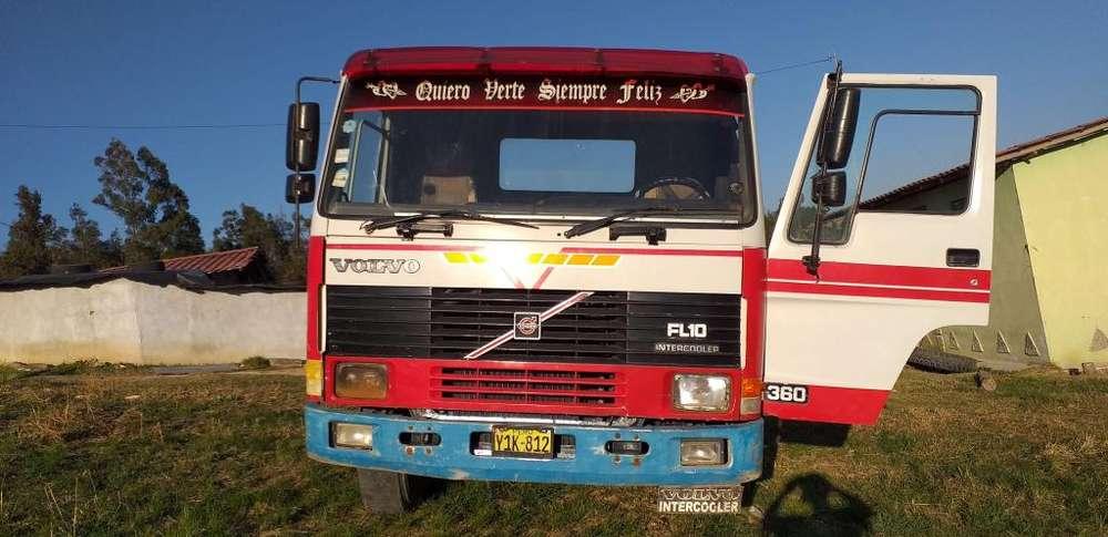 Volvo fl 10 ao 95 en venta llamar 921359448 en cajamarca