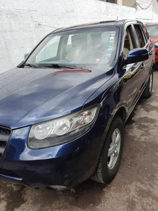 Hyundai Santa Fe 2009 - 220000 km
