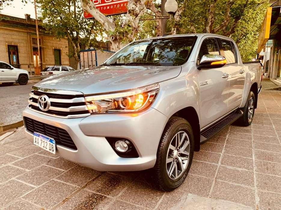 Toyota Hilux 2016 - 31000 km