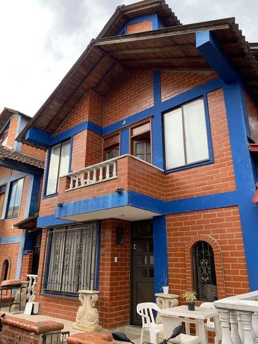Se Vende Casa Reformada! en Quintas Del Jardin Colonial