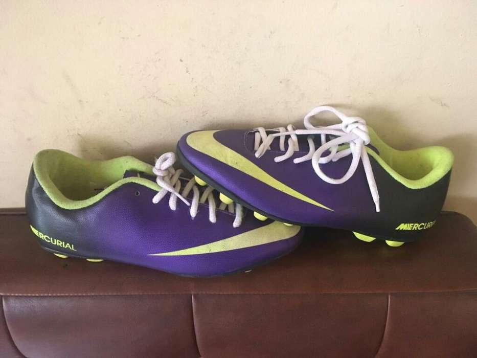 Guayos Nike Niño Talla 34.5