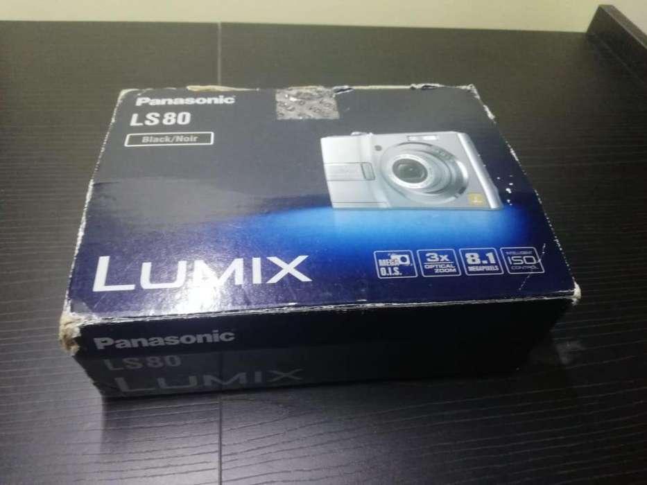 Cámara Panasonic Lumix 8.1 Megapixeles