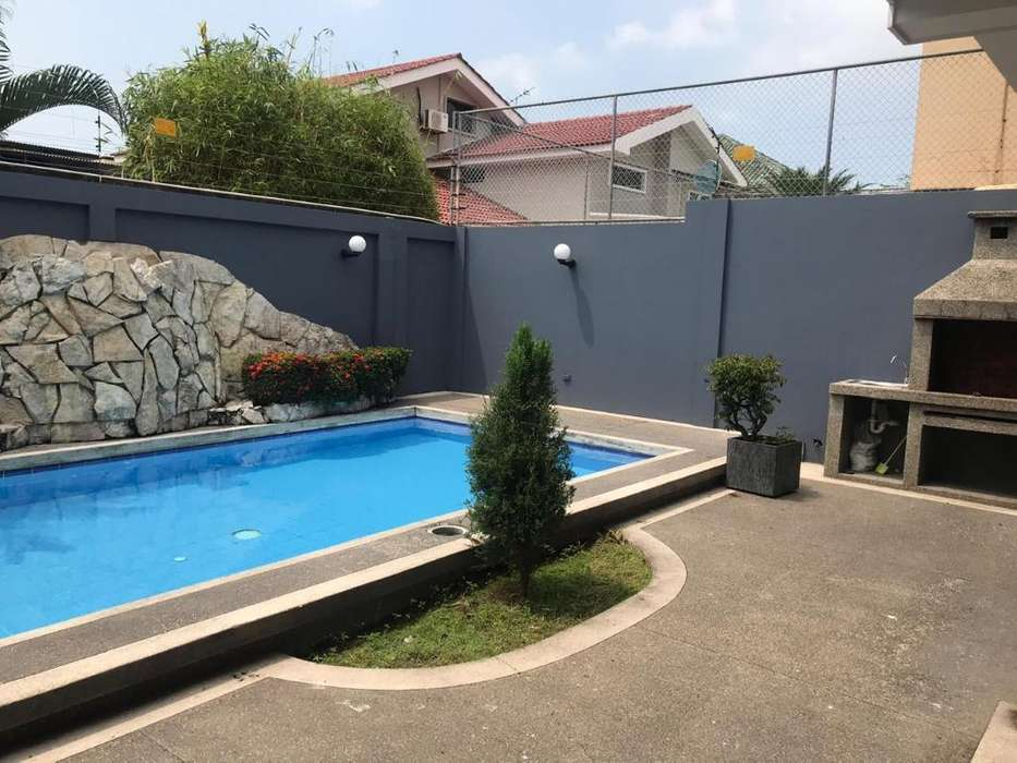 Samborondon Vendo Casa con Piscina 4 Hab