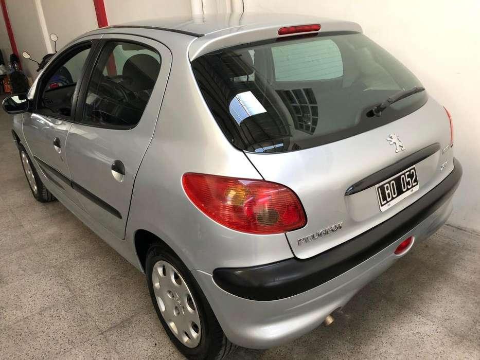 Peugeot 206 2012 - 95000 km