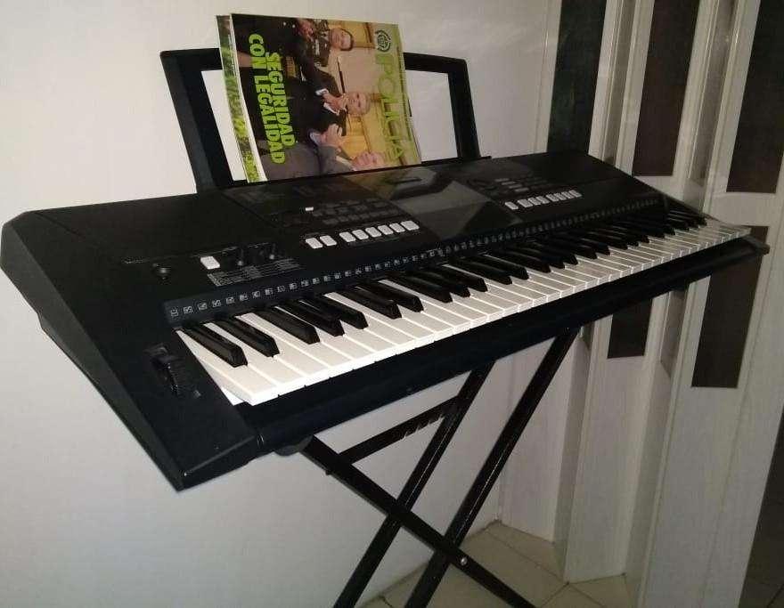 580.000 ECONÓMICA Organeta Yamaha Psr-423