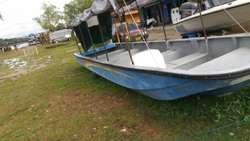 Se Vende Lancha Taxi 23 Pqra 18 Pasajero
