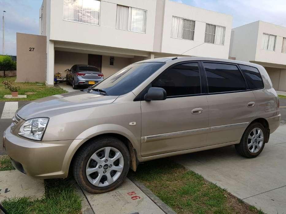 Kia Carens  2006 - 224000 km