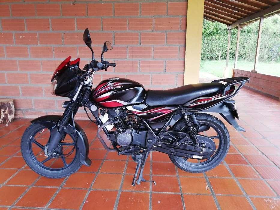 Motocilcleta Discover 100 Mod 2011