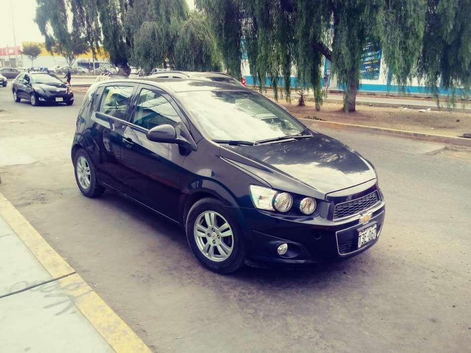 Chevrolet Sonic 2013 - 54500 km