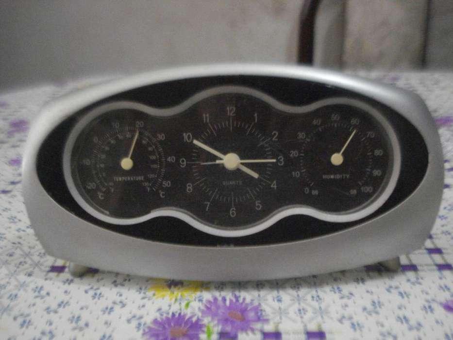 Reloj Despertador C/sensor Temperatura Humedad Vintage