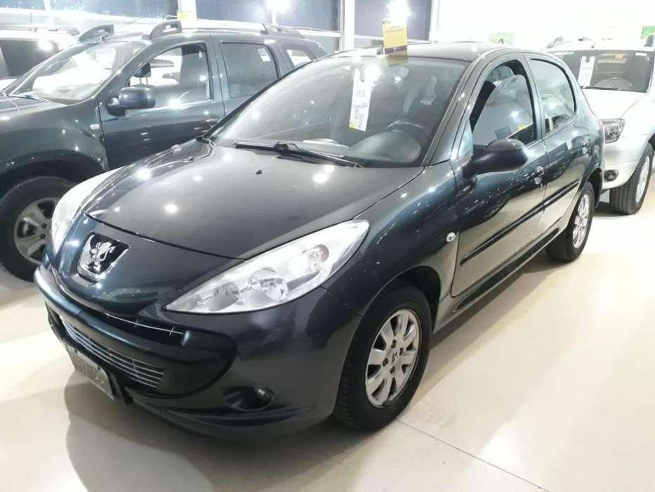 Peugeot 207 2011 - 114000 km