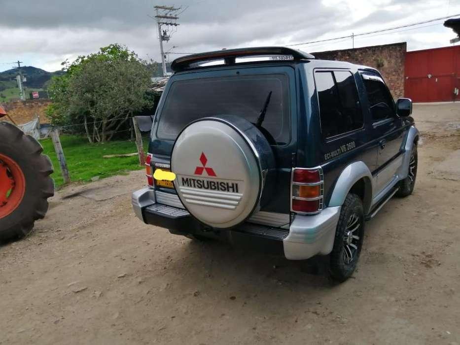 Mitsubishi Campero 1996 - 281208 km