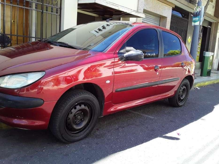 Peugeot 206 2001 - 235000 km