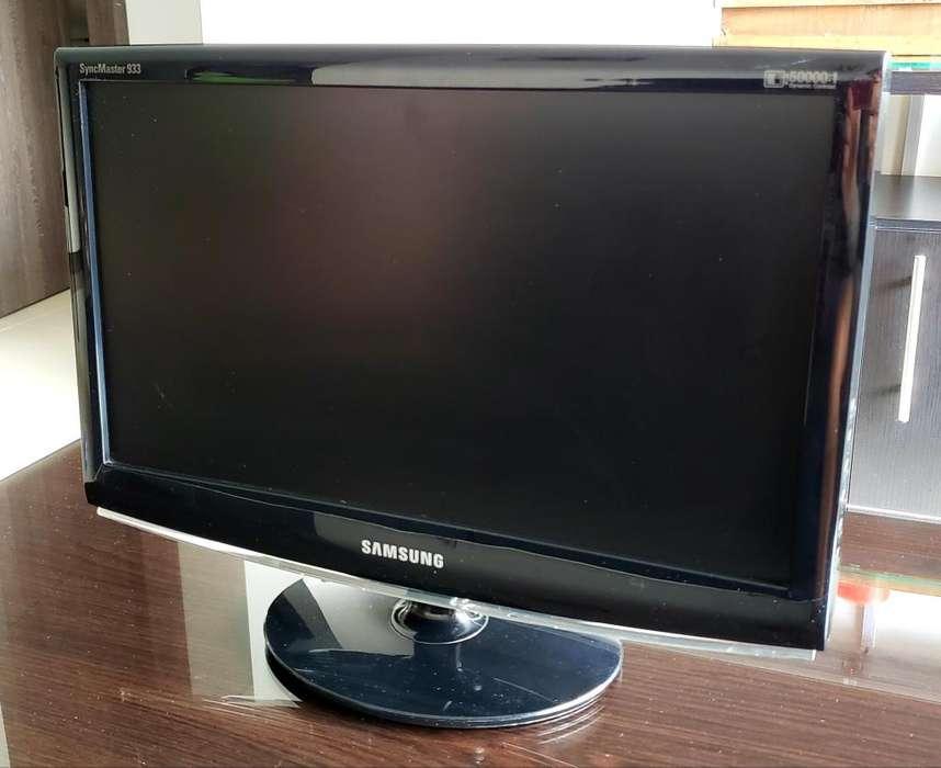 Monitor Samsung SyncMaster 933SNPLUS