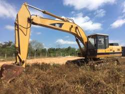 Excavadora E200B