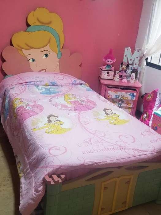 Cama de Princesas con Colchon