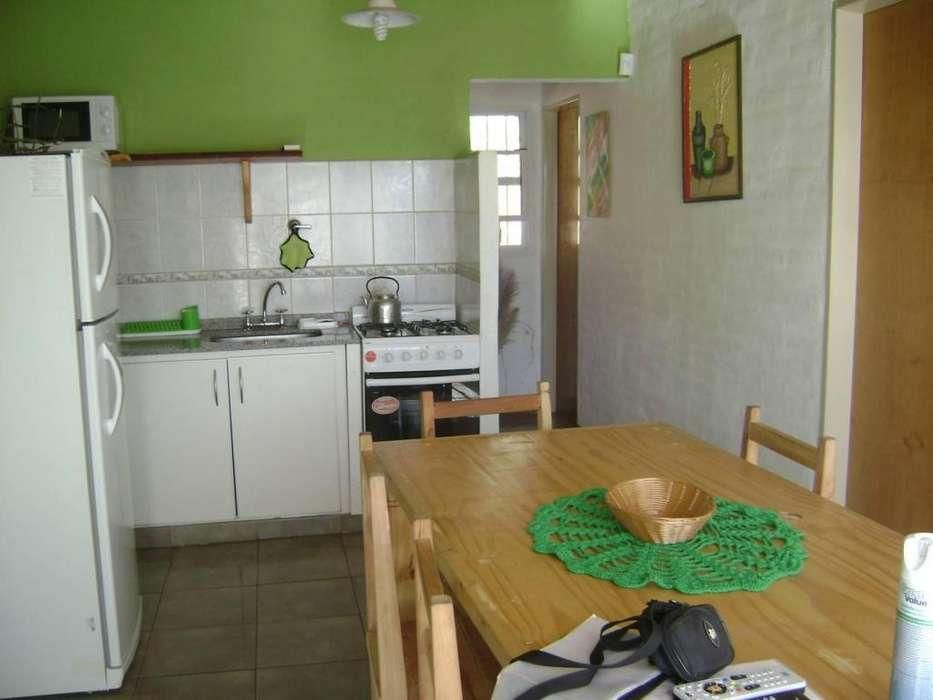 jo70 - Cabaña para 2 a 6 personas con cochera en El Trapiche